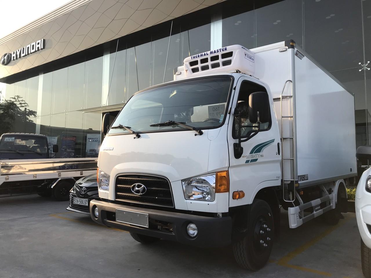 Hyundai Mighty 75s thùng đông lạnh.